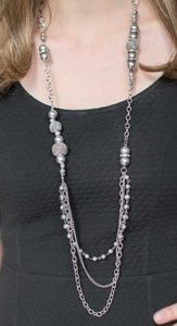 Glittery & Shimmery Silver Beaded Necklace Set